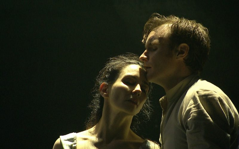 14. Tamara Rojo and James Streeter in Akram Khan's Giselle_(C)_English National Ballet(1)